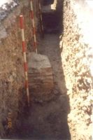 Chronicle of the Archaeological Excavations in Romania, 2000 Campaign. Report no. 204, Târgovişte, Biserica Grecilor<br /><a href='http://foto.cimec.ro/cronica/2000/204/fig5.jpg' target=_blank>Display the same picture in a new window</a>