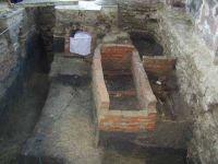 Cronica Cercetărilor Arheologice din România, Campania 2001. Raportul nr. 111, Hârlău<br /><a href='http://foto.cimec.ro/cronica/2001/111/P1010080.JPG' target=_blank>Priveşte aceeaşi imagine într-o fereastră nouă</a>