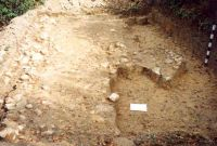 Chronicle of the Archaeological Excavations in Romania, 2001 Campaign. Report no. 182, Roşia Montană, Carpeni (Bisericuţă)<br /><a href='http://foto.cimec.ro/cronica/2001/182/gauri-drum-roman-mnuai-14.jpg' target=_blank>Display the same picture in a new window</a>