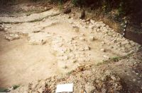 Chronicle of the Archaeological Excavations in Romania, 2001 Campaign. Report no. 182, Roşia Montană, Carpeni (Bisericuţă)<br /><a href='http://foto.cimec.ro/cronica/2001/182/gauri-drum-roman-mnuai-15.jpg' target=_blank>Display the same picture in a new window</a>