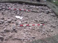 Chronicle of the Archaeological Excavations in Romania, 2001 Campaign. Report no. 183, Roşia Montană, Tăul Secuilor (Pârâul Porcului).<br /> Sector Imagini.<br /><a href='http://foto.cimec.ro/cronica/2001/183/Imagini/20-august-s4-2.JPG' target=_blank>Display the same picture in a new window</a>