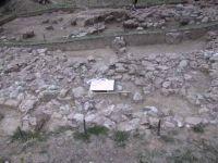 Cronica Cercetărilor Arheologice din România, Campania 2001. Raportul nr. 185, Roşia Montană, Hăbad<br /><a href='http://foto.cimec.ro/cronica/2001/185/FIG25.JPG' target=_blank>Priveşte aceeaşi imagine într-o fereastră nouă</a>