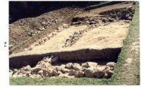Chronicle of the Archaeological Excavations in Romania, 2001 Campaign. Report no. 187, Roşia Montană, Islaz<br /><a href='http://foto.cimec.ro/cronica/2001/187/habad-locul-biserici-mnir-4.jpg' target=_blank>Display the same picture in a new window</a>