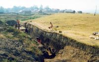 Chronicle of the Archaeological Excavations in Romania, 2001 Campaign. Report no. 248, Zimnicea, Câmpul Morţilor<br /><a href='http://foto.cimec.ro/cronica/2001/248/016.jpg' target=_blank>Display the same picture in a new window</a>