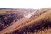 Chronicle of the Archaeological Excavations in Romania, 2001 Campaign. Report no. 248, Zimnicea, Câmpul Morţilor<br /><a href='http://foto.cimec.ro/cronica/2001/248/032.jpg' target=_blank>Display the same picture in a new window</a>