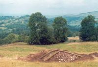 Chronicle of the Archaeological Excavations in Romania, 2002 Campaign. Report no. 2, Gura Cornei, Valea Seliştei.<br /> Sector foto.<br /><a href='http://foto.cimec.ro/cronica/2002/002/foto/22-pl-xxii-31.jpg' target=_blank>Display the same picture in a new window</a>
