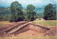 Chronicle of the Archaeological Excavations in Romania, 2002 Campaign. Report no. 2, Gura Cornei, Valea Seliştei.<br /> Sector foto.<br /><a href='http://foto.cimec.ro/cronica/2002/002/foto/24-pl-xxiv-35.jpg' target=_blank>Display the same picture in a new window</a>