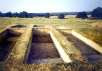 Chronicle of the Archaeological Excavations in Romania, 2002 Campaign. Report no. 6, Adâncata, Dealul Lipovanului.<br /> Sector movilaT3.<br /><a href='http://foto.cimec.ro/cronica/2002/006/movilaT3/c1d.jpg' target=_blank>Display the same picture in a new window</a>