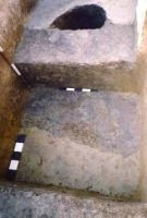 Chronicle of the Archaeological Excavations in Romania, 2002 Campaign. Report no. 6, Adâncata, Dealul Lipovanului.<br /> Sector movilaT4.<br /><a href='http://foto.cimec.ro/cronica/2002/006/movilaT4/p2c.jpg' target=_blank>Display the same picture in a new window</a>