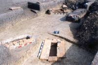 Chronicle of the Archaeological Excavations in Romania, 2002 Campaign. Report no. 11, Alba Iulia, Apulum II - Profi<br /><a href='http://foto.cimec.ro/cronica/2002/011/1.jpg' target=_blank>Display the same picture in a new window</a>