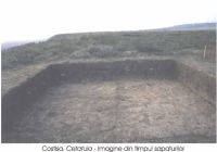 Chronicle of the Archaeological Excavations in Romania, 2002 Campaign. Report no. 66, Costişa, Dealul Cetăţuia<br /><a href='http://foto.cimec.ro/cronica/2002/066/Costisa2def.jpg' target=_blank>Display the same picture in a new window</a>