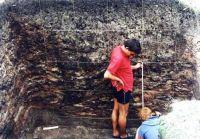 Cronica Cercetărilor Arheologice din România, Campania 2002. Raportul nr. 112, Lunca, Poiana Slatinei<br /><a href='http://foto.cimec.ro/cronica/2002/112/lunca-fig-6.jpg' target=_blank>Priveşte aceeaşi imagine într-o fereastră nouă</a>