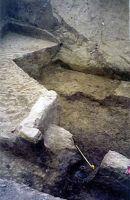 Cronica Cercetărilor Arheologice din România, Campania 2002. Raportul nr. 156, Răcătău De Jos, Movila lui Cerbu (La Movilă, La Moghiliţă)<br /><a href='http://foto.cimec.ro/cronica/2002/156/09.jpg' target=_blank>Priveşte aceeaşi imagine într-o fereastră nouă</a>