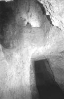 Chronicle of the Archaeological Excavations in Romania, 2002 Campaign. Report no. 164, Roşia Montană, Cârnic (Piatra Corbului)<br /><a href='http://foto.cimec.ro/cronica/2002/164/fig-6.jpg' target=_blank>Display the same picture in a new window</a>