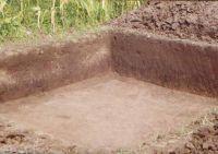 Cronica Cercetărilor Arheologice din România, Campania 2002. Raportul nr. 186, Siret, Dealul Ruina<br /><a href='http://foto.cimec.ro/cronica/2002/186/siret2.jpg' target=_blank>Priveşte aceeaşi imagine într-o fereastră nouă</a>