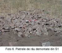 Chronicle of the Archaeological Excavations in Romania, 2003 Campaign. Report no. 67, Desa, Castraviţa<br /><a href='http://foto.cimec.ro/cronica/2003/067/Desa-Castravita-6.jpg' target=_blank>Display the same picture in a new window</a>