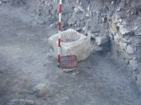 Chronicle of the Archaeological Excavations in Romania, 2003 Campaign. Report no. 128, Murighiol, La Cetate (Bataraia)<br /><a href='http://foto.cimec.ro/cronica/2003/128/murighiol-halmyris-cas-l-15b.jpg' target=_blank>Display the same picture in a new window</a>