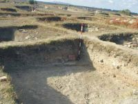 Chronicle of the Archaeological Excavations in Romania, 2003 Campaign. Report no. 128, Murighiol, La Cetate (Bataraia)<br /><a href='http://foto.cimec.ro/cronica/2003/128/murighiol-halmyris-cas-r-17.jpg' target=_blank>Display the same picture in a new window</a>