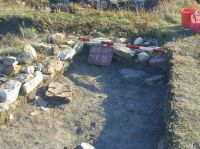 Chronicle of the Archaeological Excavations in Romania, 2003 Campaign. Report no. 128, Murighiol, La Cetate (Bataraia)<br /><a href='http://foto.cimec.ro/cronica/2003/128/murighiol-halmyris-cas-r-19.jpg' target=_blank>Display the same picture in a new window</a>