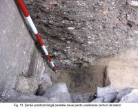 Chronicle of the Archaeological Excavations in Romania, 2003 Campaign. Report no. 172, Sântimbru, Biserica Reformată<br /><a href='http://foto.cimec.ro/cronica/2003/172/santimbru-biserica-reformata-13.JPG' target=_blank>Display the same picture in a new window</a>