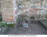 Chronicle of the Archaeological Excavations in Romania, 2003 Campaign. Report no. 172, Sântimbru, Biserica Reformată<br /><a href='http://foto.cimec.ro/cronica/2003/172/santimbru-biserica-reformata-6.JPG' target=_blank>Display the same picture in a new window</a>