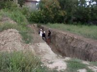 Chronicle of the Archaeological Excavations in Romania, 2003 Campaign. Report no. 207, Vaslui<br /><a href='http://foto.cimec.ro/cronica/2003/207/vaslui-curtile-domnesti-003.jpg' target=_blank>Display the same picture in a new window</a>