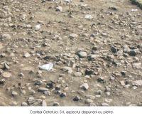 Cronica Cercetărilor Arheologice din România, Campania 2004. Raportul nr. 82, Costişa, Dealul Cetăţuia<br /><a href='http://foto.cimec.ro/cronica/2004/082/rsz-0.jpg' target=_blank>Priveşte aceeaşi imagine într-o fereastră nouă</a>