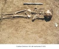 Chronicle of the Archaeological Excavations in Romania, 2004 Campaign. Report no. 82, Costişa, Dealul Cetăţuia<br /><a href='http://foto.cimec.ro/cronica/2004/082/rsz-1.jpg' target=_blank>Display the same picture in a new window</a>