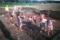 Chronicle of the Archaeological Excavations in Romania, 2004 Campaign. Report no. 88, Desa, La ruptură<br /><a href='http://foto.cimec.ro/cronica/2004/088/rsz-3.jpg' target=_blank>Display the same picture in a new window</a>