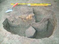 Chronicle of the Archaeological Excavations in Romania, 2004 Campaign. Report no. 91, Dudeştii Vechi, Movila lui Deciov (Östelep)<br /><a href='http://foto.cimec.ro/cronica/2004/091/rsz-3.jpg' target=_blank>Display the same picture in a new window</a>