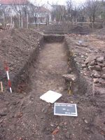 Chronicle of the Archaeological Excavations in Romania, 2005 Campaign. Report no. 4, Alba Iulia, Colonia Aurelia Apulensis (Apulum I)<br /><a href='http://foto.cimec.ro/cronica/2005/004/rsz-1.jpg' target=_blank>Display the same picture in a new window</a>