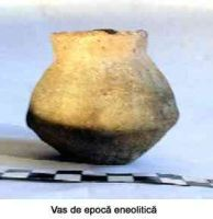 Chronicle of the Archaeological Excavations in Romania, 2005 Campaign. Report no. 51, Căscioarele, D-aia parte<br /><a href='http://foto.cimec.ro/cronica/2005/051/rsz-3.jpg' target=_blank>Display the same picture in a new window</a>