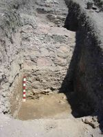 Chronicle of the Archaeological Excavations in Romania, 2005 Campaign. Report no. 96, Isaccea, La Pontonul Vechi (Cetate, Eski-kale)<br /><a href='http://foto.cimec.ro/cronica/2005/096/rsz-12.jpg' target=_blank>Display the same picture in a new window</a>