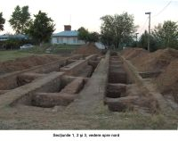 Chronicle of the Archaeological Excavations in Romania, 2006 Campaign. Report no. 1, Adam, Mănăstirea Adam (Biserica Veche)<br /><a href='http://foto.cimec.ro/cronica/2006/001/rsz-10.jpg' target=_blank>Display the same picture in a new window</a>