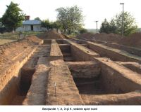 Chronicle of the Archaeological Excavations in Romania, 2006 Campaign. Report no. 1, Adam, Mănăstirea Adam (Biserica Veche)<br /><a href='http://foto.cimec.ro/cronica/2006/001/rsz-12.jpg' target=_blank>Display the same picture in a new window</a>