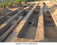 Chronicle of the Archaeological Excavations in Romania, 2006 Campaign. Report no. 1, Adam, Mănăstirea Adam (Biserica Veche)<br /><a href='http://foto.cimec.ro/cronica/2006/001/rsz-13.jpg' target=_blank>Display the same picture in a new window</a>