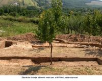 Chronicle of the Archaeological Excavations in Romania, 2006 Campaign. Report no. 1, Adam, Mănăstirea Adam (Biserica Veche)<br /><a href='http://foto.cimec.ro/cronica/2006/001/rsz-25.jpg' target=_blank>Display the same picture in a new window</a>