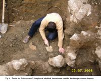 Chronicle of the Archaeological Excavations in Romania, 2006 Campaign. Report no. 63, Constanţa, str. Brâncoveanu<br /><a href='http://foto.cimec.ro/cronica/2006/063/rsz-3.jpg' target=_blank>Display the same picture in a new window</a>