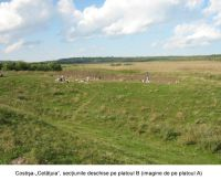 Chronicle of the Archaeological Excavations in Romania, 2006 Campaign. Report no. 67, Costişa, Dealul Cetăţuia<br /><a href='http://foto.cimec.ro/cronica/2006/067/rsz-1.jpg' target=_blank>Display the same picture in a new window</a>
