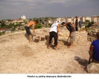 Chronicle of the Archaeological Excavations in Romania, 2006 Campaign. Report no. 93, Hârşova, Tell<br /><a href='http://foto.cimec.ro/cronica/2006/093/rsz-20.jpg' target=_blank>Display the same picture in a new window</a>