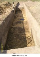 Chronicle of the Archaeological Excavations in Romania, 2006 Campaign. Report no. 207, Vlădeni, Coasta Belciugului<br /><a href='http://foto.cimec.ro/cronica/2006/207/rsz-5.jpg' target=_blank>Display the same picture in a new window</a>