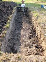 Cronica Cercetărilor Arheologice din România, Campania 2007. Raportul nr. 19, Brăduţ, Dealul Rotund (Muntele de Piatră)<br /><a href='http://foto.cimec.ro/cronica/2007/019-BRADUT-CV-DealulRotund-C/DSCF0050.jpg' target=_blank>Priveşte aceeaşi imagine într-o fereastră nouă</a>