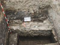 Cronica Cercetărilor Arheologice din România, Campania 2007. Raportul nr. 48, Cluj-Napoca, Piaţa Muzeului<br /><a href='http://foto.cimec.ro/cronica/2007/048-CLUJ-NAPOCA-CJ-Eroilor1-C/ii-1-1.JPG' target=_blank>Priveşte aceeaşi imagine într-o fereastră nouă</a>