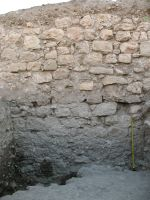 Chronicle of the Archaeological Excavations in Romania, 2007 Campaign. Report no. 75, Hârşova, Tell<br /><a href='http://foto.cimec.ro/cronica/2007/075-HARSOVA-CT-Carsium-C/foto-8-detaliu-pe-i-2-in-sj-2.jpg' target=_blank>Display the same picture in a new window</a>