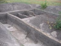 Chronicle of the Archaeological Excavations in Romania, 2007 Campaign. Report no. 103, Măgura, Teleor 003 (Buduiasca, Boldul lui Moş Ivănuş)<br /><a href='http://foto.cimec.ro/cronica/2007/103-MAGURA-TR-Buduiasca-1/Magura-aspect-sapatura.JPG' target=_blank>Display the same picture in a new window</a>