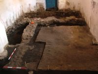 Chronicle of the Archaeological Excavations in Romania, 2007 Campaign. Report no. 185, Teleac, Biserica Reformată<br /><a href='http://foto.cimec.ro/cronica/2007/185-TELEAC-HR-BisReformata-2/2.JPG' target=_blank>Display the same picture in a new window</a>