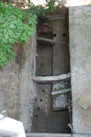 Cronica Cercetărilor Arheologice din România, Campania 2007. Raportul nr. 187, Timişoara, Freidorf<br /><a href='http://foto.cimec.ro/cronica/2007/187-TIMISOARA-TM-CastelHuniade-2/fig-2-s-2-vedere-generala-dinspre-vest.JPG' target=_blank>Priveşte aceeaşi imagine într-o fereastră nouă</a>