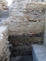 Chronicle of the Archaeological Excavations in Romania, 2008 Campaign. Report no. 52, Murighiol, La Cetate (Bataraia)<br /><a href='http://foto.cimec.ro/cronica/2008/052/fig-1-stratigrafia-in-turnul-xii.JPG' target=_blank>Display the same picture in a new window</a>