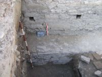 Chronicle of the Archaeological Excavations in Romania, 2008 Campaign. Report no. 52, Murighiol, La Cetate (Bataraia)<br /><a href='http://foto.cimec.ro/cronica/2008/052/fig-2-amenajarea-initiala-a-fundatiei-turnului.JPG' target=_blank>Display the same picture in a new window</a>