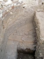 Chronicle of the Archaeological Excavations in Romania, 2008 Campaign. Report no. 52, Murighiol, La Cetate (Bataraia)<br /><a href='http://foto.cimec.ro/cronica/2008/052/fig-3-strat-de-caramida-protectie-impotriva-umezelii.JPG' target=_blank>Display the same picture in a new window</a>